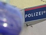 Blaulicht vor Polizeiposten