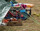 Kinderfahrrad vor einem Zelt in Traiskirchen