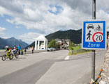 Begegnungszone Serfaus Schild 20 km/h