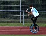 Oberlerchner Weltrekordversuch Einrad jonglieren