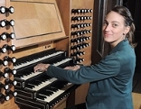 Marina Ragger gewinnt Orgelwettbewerb