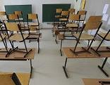 Leeres Klassenzimmer in einer Schule