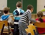 Volksschule Kinder Mädchen Buben