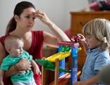 Familie Kinder Spielzeug Sujet