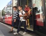 Bus Öffis Schule Kinder