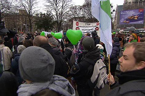 Demonstration für Klimaschutz auf der Ringstraße
