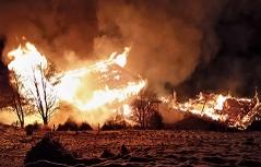 Brennende Almhütte in Mittersill