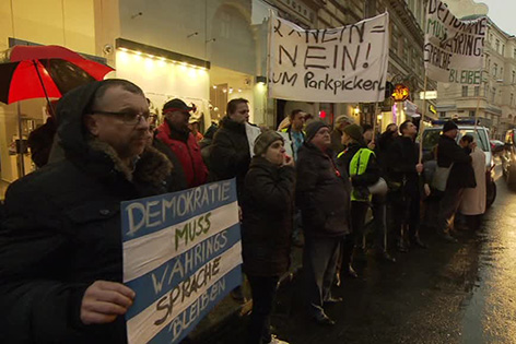 Amtsübergabe Währing: Proteste gegen Parkpickerl