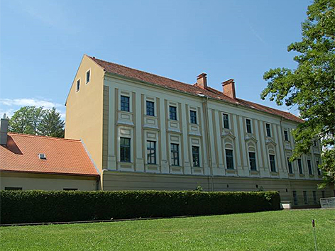 Kirchner Kaserne