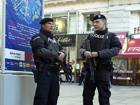 Polizisten in Wiener Innenstadt