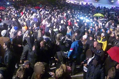 Silvesterparty auf dem Residenzplatz in der Stadt Salzburg