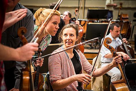 Caroline Sigwald (Violine) und Maria_Grün (Cello) Wiener Symphoniker