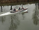 Suche nach vermisstem Kapität in der Donau bei Korneuburg