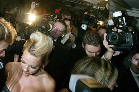 Pamela Anderson am Opernball