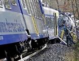 Schwerer Bahnunfall bei Bad Aibling mit Toten und Verletzten