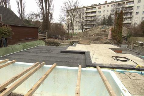 streit um giftige teererde in floridsdorf wien. Black Bedroom Furniture Sets. Home Design Ideas