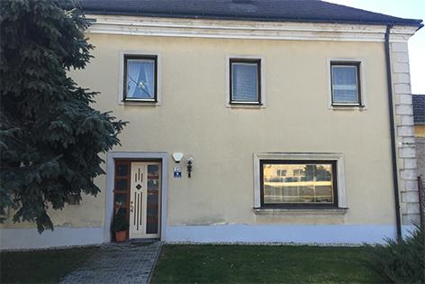Untersiebenbrunn Nachfolgegebäude des Wohnhauses von Ernst Mach