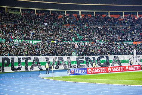 Transparent von Rapid-Fans im Spiel gegen Valencia