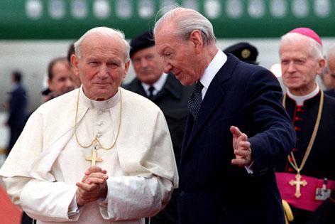 Papst Johannes Paul II. und Kurt Waldheim
