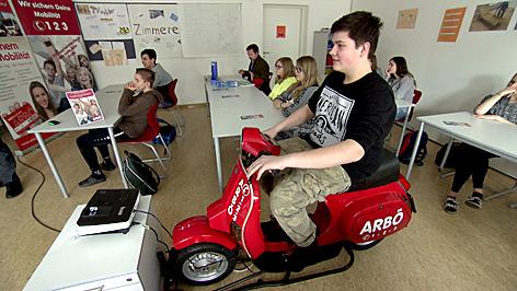 Moped-Simulator des ARBÖ im Einsatz
