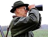 Jäger mit Feldstecher