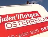 """Logo von """"Guten Morgen Österreich"""" auf Studiocontainer"""