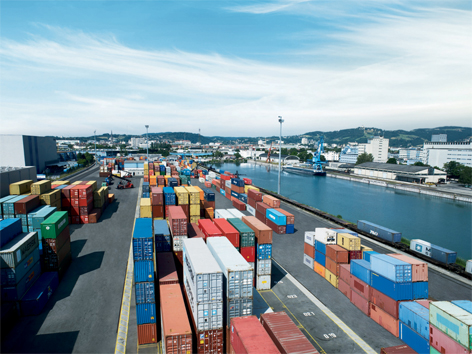 Hafen Linz Container