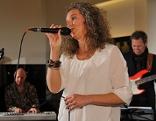 Brigitte Guggenbichler bei der Radio Wien Afterwork Music Lounge