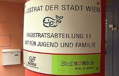 """Schild """"Magistratsabteilung 11"""""""