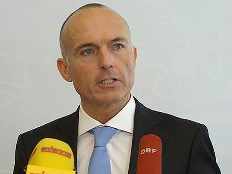 Minister Gerald Klug