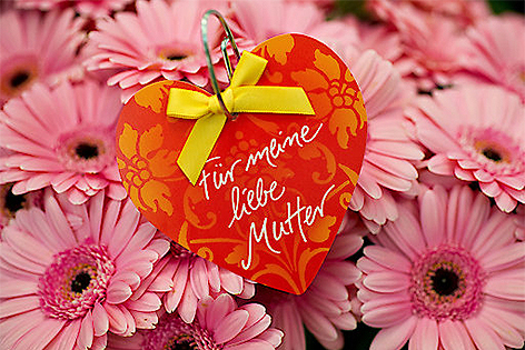 Muttertagsblumen mit Herz