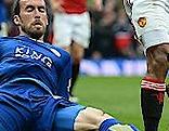 Christian Fuchs von Leicester gegen Antonio Valencia von Manchester United