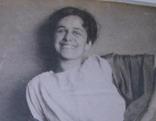 Stephanie Hollenstein