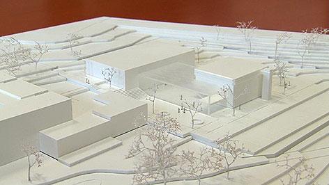 Pläne und Modell für Umbau KUZ Mattersburg