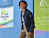 Liu Jia bei Olympia-Einkleidung