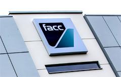 FACC Gebäude mit Logo
