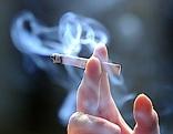 Zigarette und Zigarettenrauch