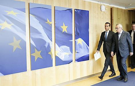 (v.l.) Bundeskanzler Christian Kern trifft den Präsidenten der Europäischen Kommission Jean-Claude Juncker, anlässlich seines Antrittsbesuchs bei der EU-Kommission in Brüssel