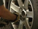 Radmuttern Montage Reifen