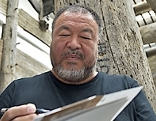 Ai Weiwei bei Ausstellung im 21er Haus