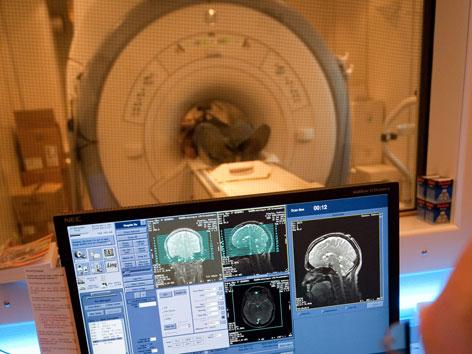 MRT Untersuchung Computer