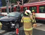 Auto prallte gegen Pinzgauer Lokalbahn