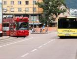 Öffentlicher Verkuhr, Bus, Bim, Straßenbahn