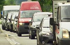 Stau Verkehr Verkehrschaos Zell am See Verkehrslawine