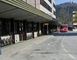 Bahnhof Kufstein Vorplatz mit Bus