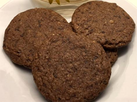 Macadamia Chocolate Chip Cookies vegan