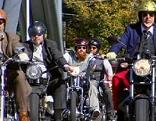 Gentleman`s Ride Motorradfahrer Biker Motorrad Motorräder