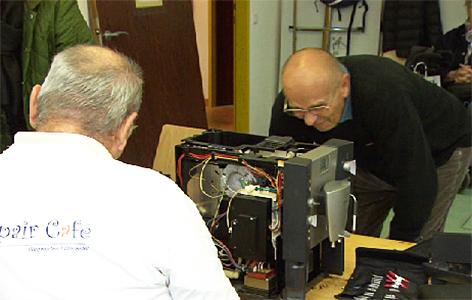 Elektrogeräte reparieren statt wegwerfen salzburg