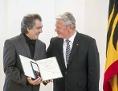 Dirigent Riccardo M Sahiti mit dem Verdienstorden der Bundesrepublik Deutschland ausgezeichnet