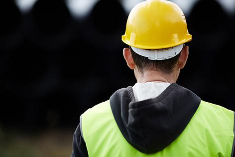 Millionen Euro Schaden: Finanzpolizei hebt Bau-Betrugsnetz aus
